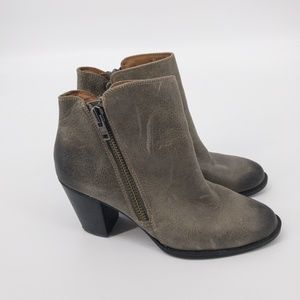 Sofft : Side Zip Leather Ankle Boots Size 9